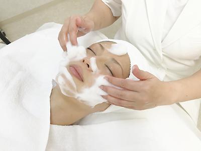 1.トリプル洗顔とマッサージ